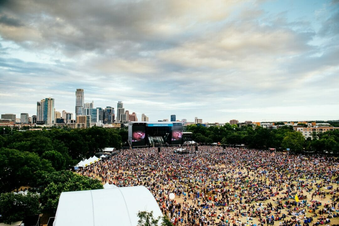 daytime crowd shot of ACL